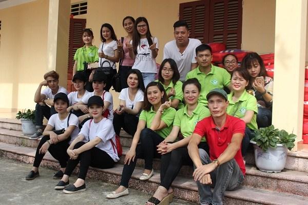 Tập thể doanh nghiệp Xuân Thanh và nhóm Thiện nguyện xanh Tuyên Quang